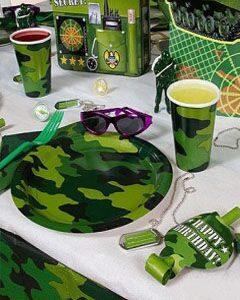 праздник в военном стили милитари одноразовая посуда декор