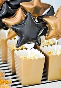 Award-Show-Party-via-Karas-Party-Ideas-Kara-Allen-and-Kings-Hawaiian_