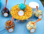 bubble-guppies-party-ideas-goldfish-cracker-buffet