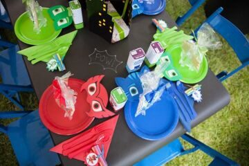 PJ-Masks-Superhero-Birthday-Party-via-Karas-Party-Ideas-KarasPartyIdeas.com50