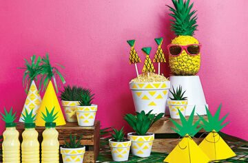 How-to-throw-a-pineapple-party