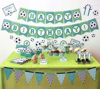 Soccer-Birthday-Party-Decorations-by-Pixiebear