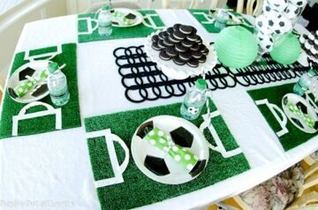 Paisley-Petal-Events-soccer-party-seating-table-600x398